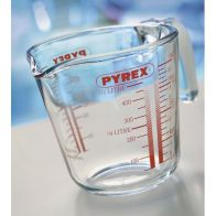 See more information about the Pyrex 1 Pint Measuring Jug