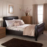 See more information about the Chicago Brown Faux Leather Kingsize 5ft Bedstead